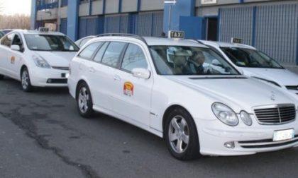 Arese, Autista Ncc minaccia i taxisti con una pistola giocattolo: denunciato