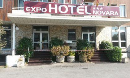 Bareggio, appiccano il fuoco all'Hotel Novara per paura che arrivino i profughi