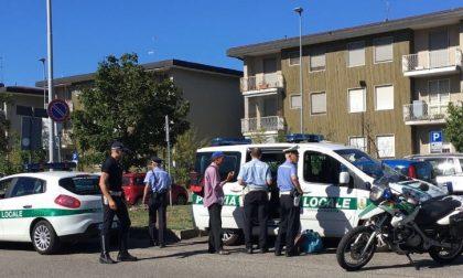 Blitz fuori dall'ospedale, scattano multe agli ambulanti