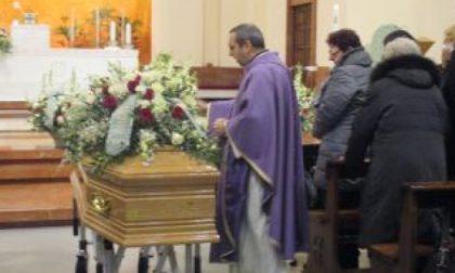Bollate, l'ultimo saluto al consigliere Pellegrin: scomparso a soli 29 anni