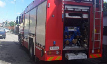 Canegrate, incendio in via Magenta, grave 82enne