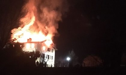 Cesate, casa a fuoco: notte di paura in via Adda