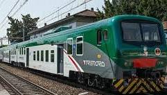Extracomunitario senza biglietto fatto scendere dal treno