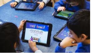 """Garbagnate, tablet per i bambini in ospedale: """"Connessi alla vita in allegria"""""""