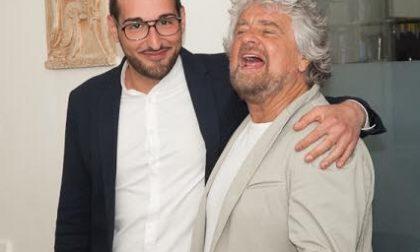 """Grillo a Legnano """"benedice"""" Grattarola e lancia l'idea del voto ai 16enni"""