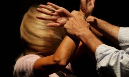 """""""Io ti ammazzo!"""": minaccia di morte la compagna, 45enne finisce in manette a Settimo"""