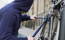 Ladro di biciclette in trasferta, legnanese fermato a Busto