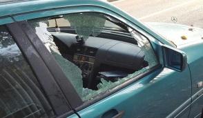"""Legnano: 70 finestrini di auto spaccati, preso il responsabile: """"Non riuscivo a fermarmi"""""""
