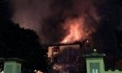 Legnano; brucia un palazzo, notte di paura in via Mentana