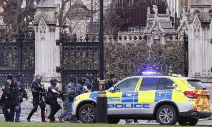 Londra, Attacco al Parlamento: 12 feriti
