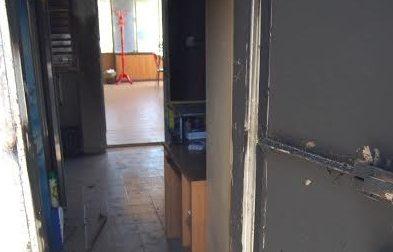 Magenta, dopo l'incendio ora spaccati i vetri dell'ex Cral della Novaceta