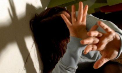Marcallo, botte e minacce alla moglie: arrestato 66enne