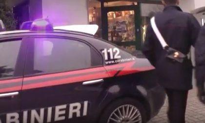 Nerviano, rapina con pistola al Carrefour: fuga con 200 euro