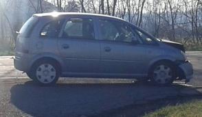Parabiago, ancora uno schianto all'incrocio maledetto: automobilista in ospedale