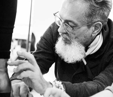 best sneakers b609c 6451b Parabiago, E' morto Thierry Rabotin, il noto stilista delle ...