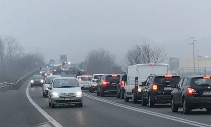 Pero, maxi incidente sull'A4: 20 persone coinvolte