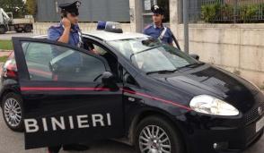Pogliano, rubano al benzinaio di Nerviano e poi vanno al pub: arrestati