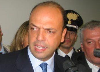 """Provvisionato libero, Alfano: """"Sta tornando a casa""""; Maroni: """"Lo aspettiamo"""""""
