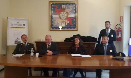 Rescaldina, arrestato un funzionario del Comune: erogava contributi in cambio di sesso