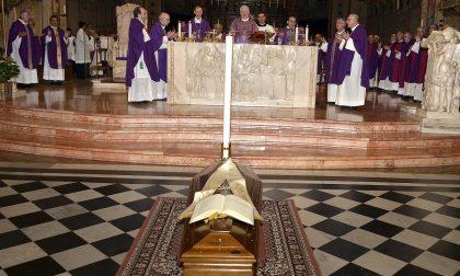 Rho, Grande folla ai funerali di don Citterio