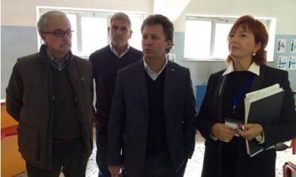 Rho,  Lezioni in cantina per gli studenti della Manzoni, intervengono le opposizioni