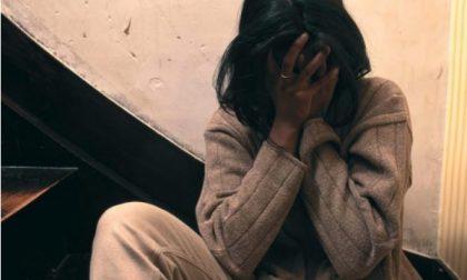 Rho, aggredisce e minaccia la moglie alla presenza dei figli: fermato dai poliziotti