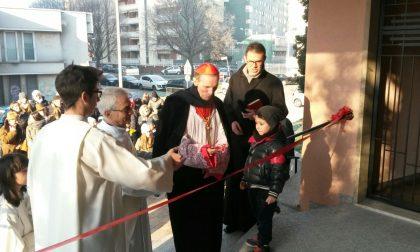 Rho, il nuovo sagrato della chiesa di San Giovanni benedetto anche dal cardinale Corti