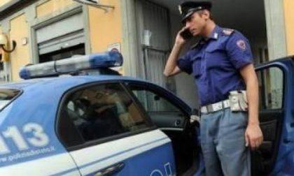 Pero, la polizia sequestra una carrozzeria abusiva: smaltivano rifiuti senza permesso
