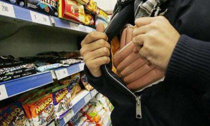 Rho, tenta la rapina al supermercato: 28enne in manette