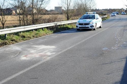 Elicottero Niguarda : Rosate scontro moto auto centauro perde la gamba
