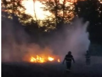 Tre incendi in poche ore:  tra Pogliano e Nerviano si pensa all'azione dei piromani – Guarda il VIDEO