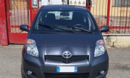 Turbigo, incrocia l'auto del padre ma al volante c'è un ladro: inverte la marcia e guida i carabinieri fino a lui