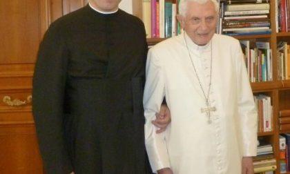 Un cerrese ricevuto dal Papa emerito Ratzinger