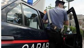 Vittuone, rubano vestiti al Destriero: arrestati due ucraini
