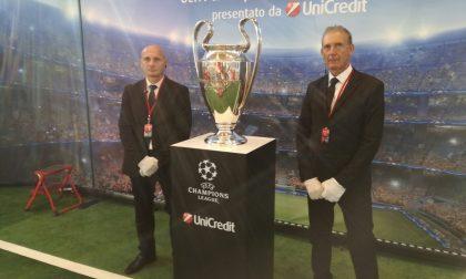 Tutti in coda per la mitica coppa Uefa Champions League