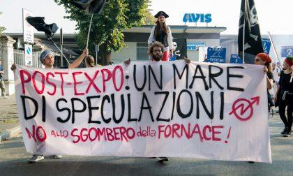 """""""No allo sgombero della Fornace"""": in 200 al corteo"""