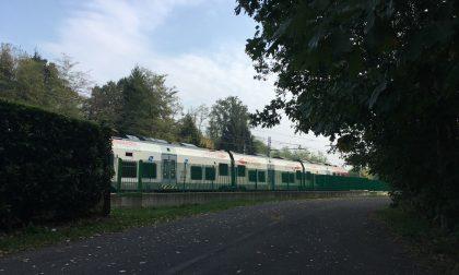 Muore sui binari, ritardi nella circolazione dei treni