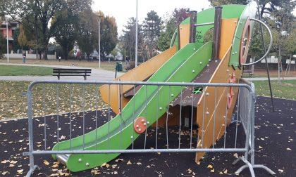 """Giochi vandalizzati al parco, Ioli: """"Ci costerà 3 mila euro"""""""