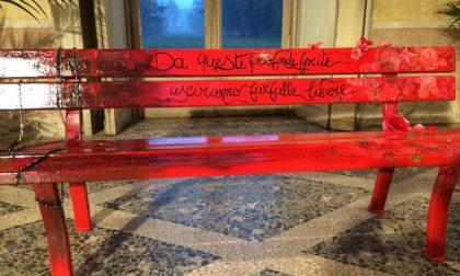 Violenza sulle donne una panchina rossa per dire di no
