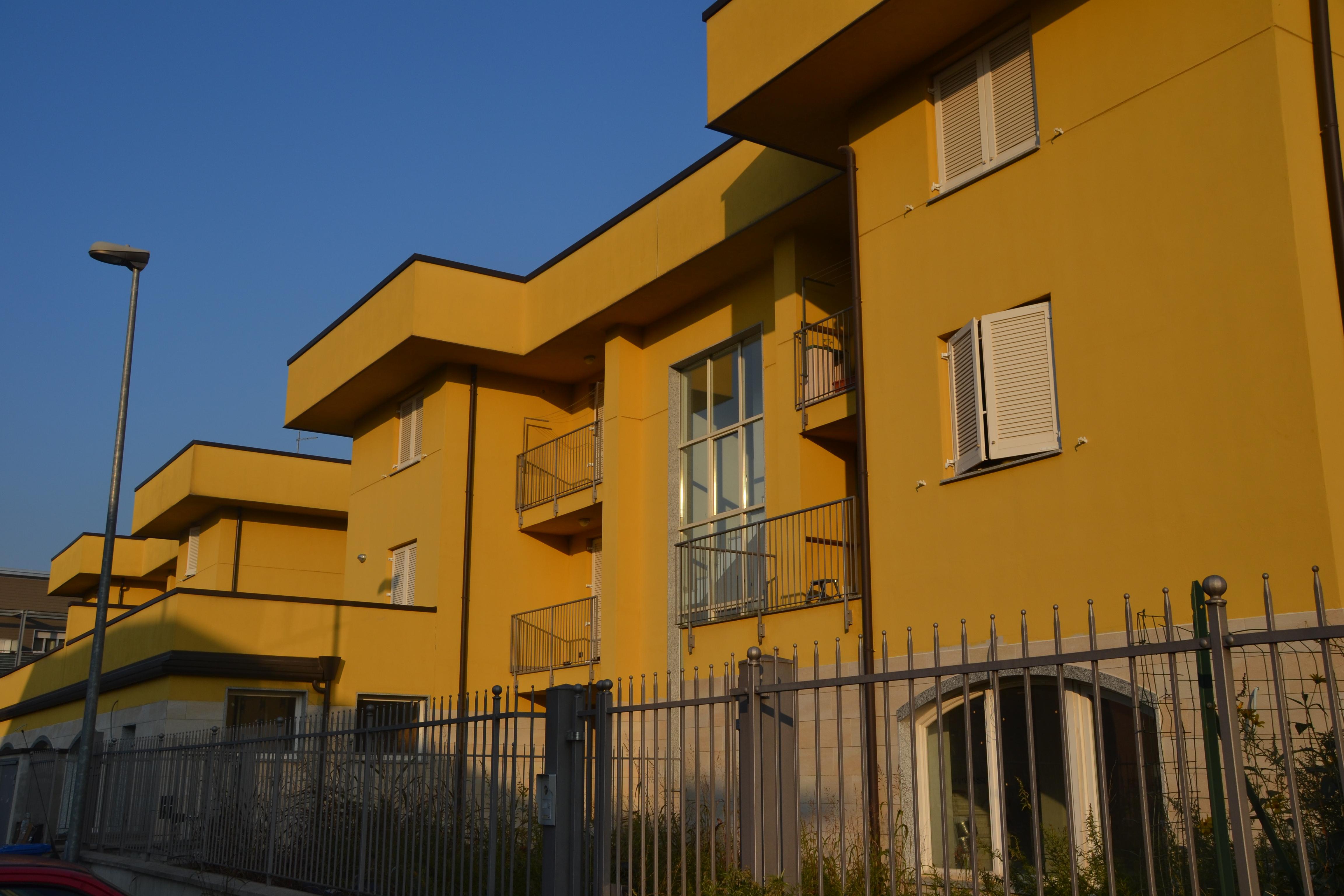 Case all 39 asta a mozzate dieci famiglie a rischio sfratto for Case all asta a roma