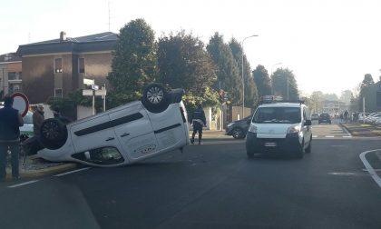 Camion si ribalta: due incidenti in pochi giorni FOTO