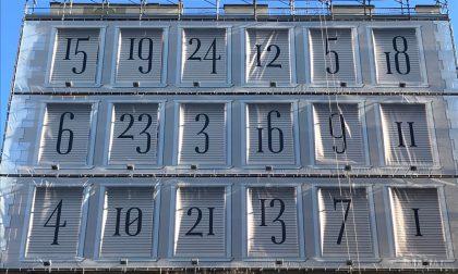 Calendario dell'avvento, enorme in piazza San Magno