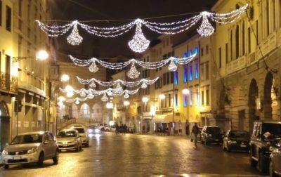 Luminarie di Natale a rischio a Cairate