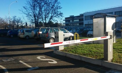 Parcheggi blu gratis davanti l'ospedale la domenica e i festivi