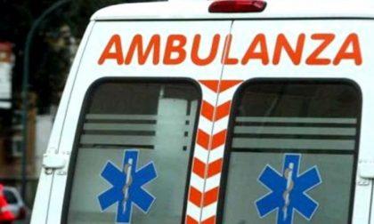 Lite tra fidanzati, arriva l'ambulanza SIRENE DI NOTTE