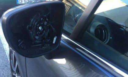 Razzia di specchietti dalle auto, è allarme