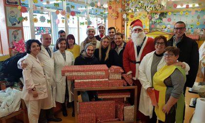 Giovani Padani in Pediatria con Babbo Natale