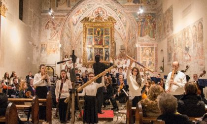 Compie 30 anni Ars Cantus in concerto  a Tradate