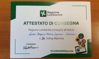 Voting machine al liceo Legnani di Saronno