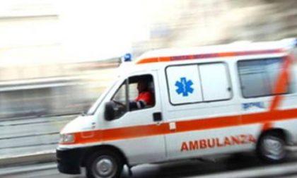 Auto ribaltata, donna soccorsa in codice giallo SIRENE DI NOTTE